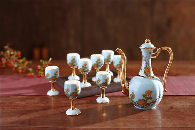 景德镇陶瓷酒具套装定制厂家